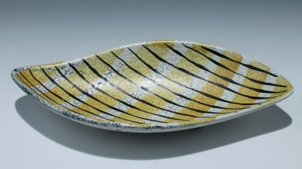 Keramikschale in Blattform - 1950er Jahre