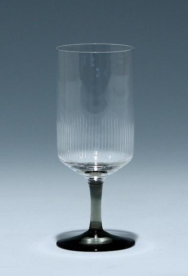 Friedrich Glas Kelchglas mit Liniengravur 1960er Jahre 11 cm