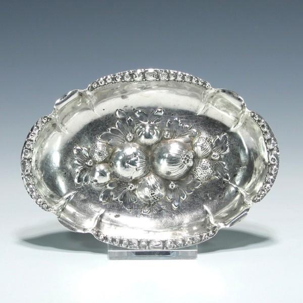 Silberschale / Branntweinschale mit Früchtedekor 800er Silber