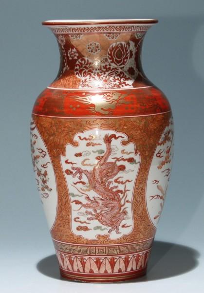Big Japanese Kutani Meiji Vase - good quality and condition