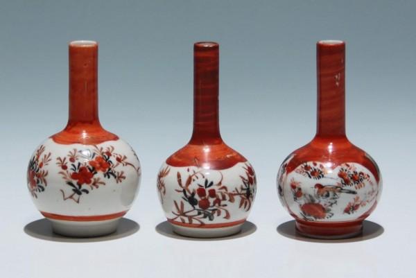 3 Small Japanese Kutani Vases - 8,5 cm - circa 1900