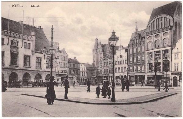 AK KIEL - MARKT - Ansichtskarte gelaufen 1917 #ak0119