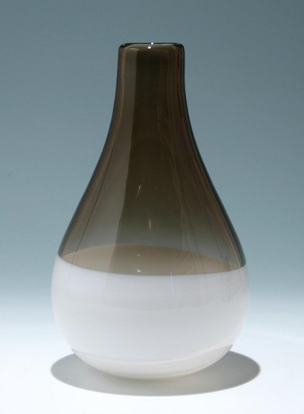 Moderne mundgeblasene Überfangglasvase - Höhe 28,7 cm