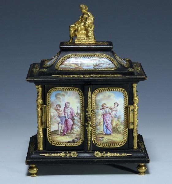 Wiener Kabinett circa 1860-80 mit 13 emailgemalten Miniaturen