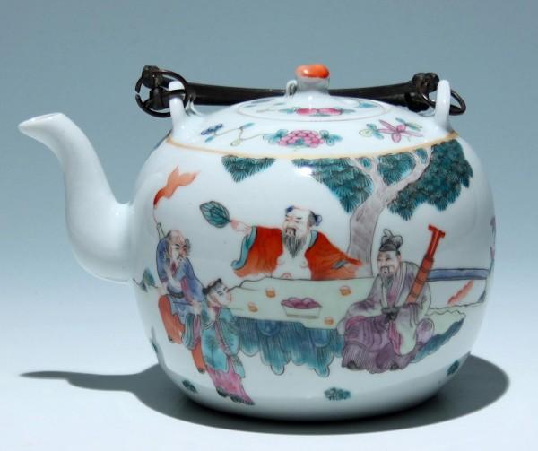 Good Chinese Teapot - Guangxu Mark (1875-1908)