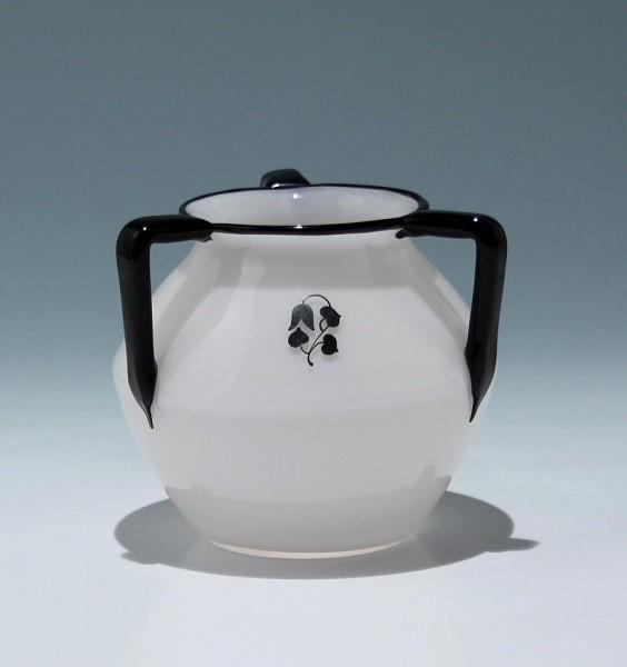 Loetz Vase mit Schwarzlotbemalung um 1915 - Höhe 11,5 cm