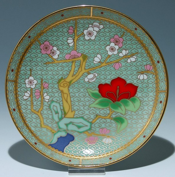 Peking Porzellanwandteller im Cloisonnée-Stil