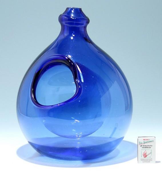 Große blaue Glaskugel (Pflanzkugel?) zur Aufhängung