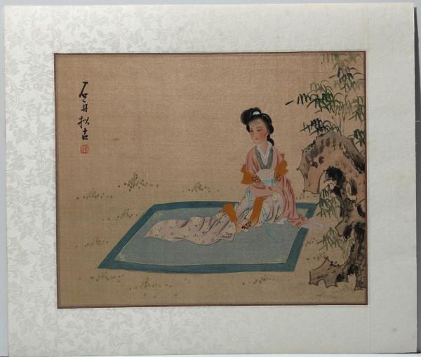 4 chinese Silk Paintings of Women in Garden