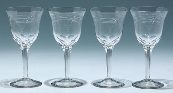 4 mundgeblasene Art Deco Weingläser mit Schliffdekor 1920er Jahre