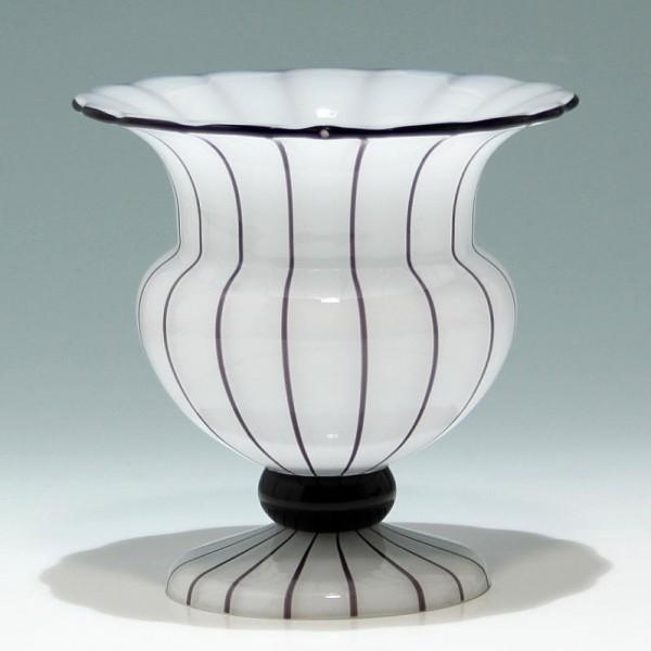 """Loetz Vase """"Weiss mit schwarzen Streifen"""" - Höhe 17 cm"""