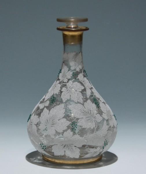 Karaffe mit Glasperlenbesatz - Böhmen circa 1860