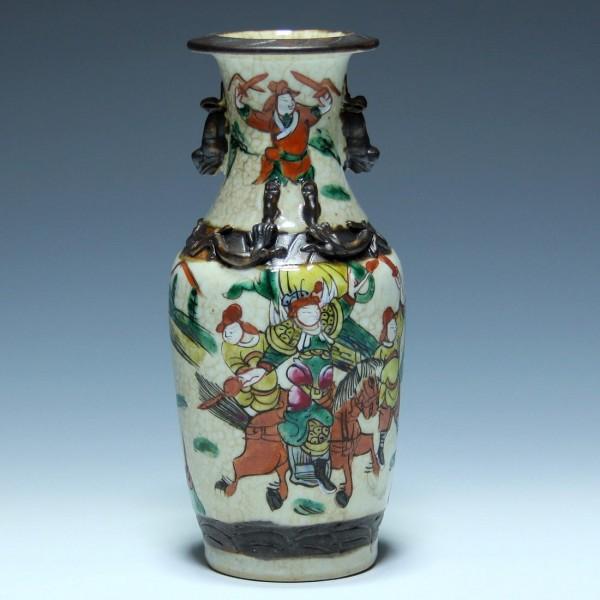 Chinese Nanking Porcelain Crackle and Enamel Vase - 20,2 cm