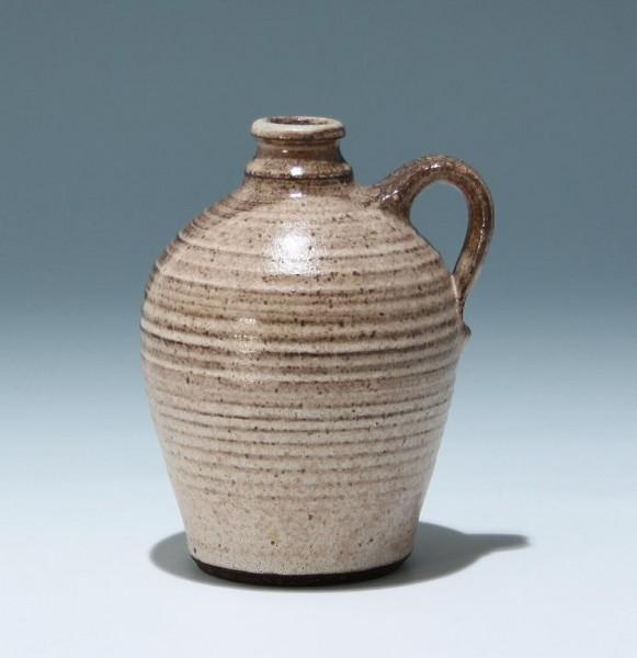 Kleine Keramik Henkelvase gestempelt Tanneneck