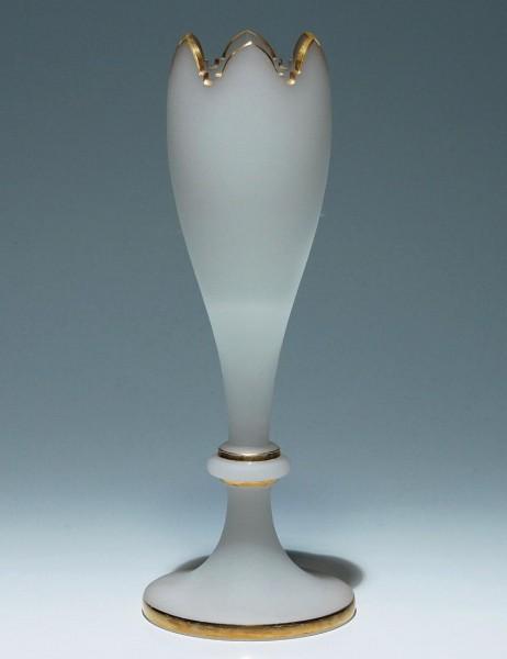 Alabasterglas Tulpenvase - Neuwelt, Böhmen um 1860 - 29 cm