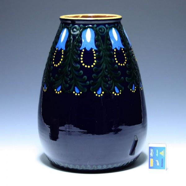 Große Karlsruher Majolika Vase 2208 Entwurf Alfred Kusche 1910