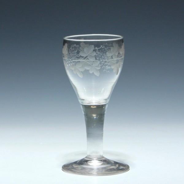 Biedermeier Bleikristall Weinglas mit Weinlaubgravur - circa 1840