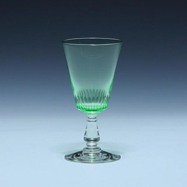 Jugendstil Uranglas Weinglas mit Kerbschliff um 1900