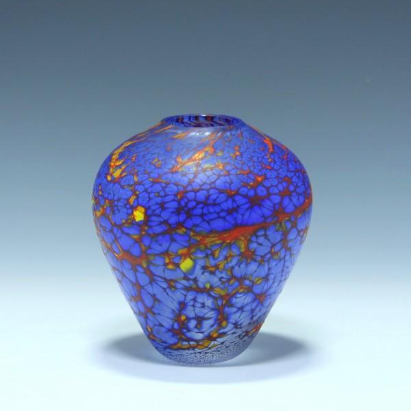 British Studioglass Vase signed Peter Layton - 12 cm