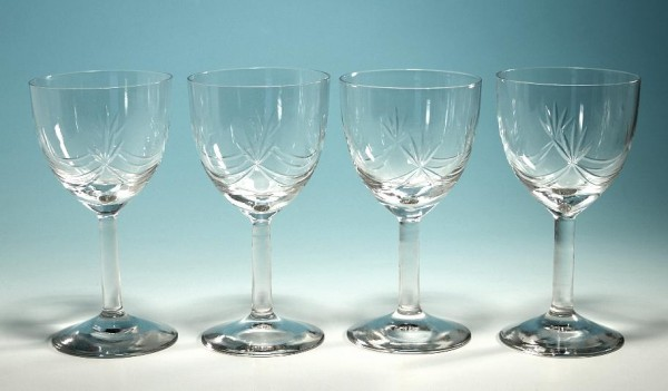 4 Weingläser mit Schliff 1. H. 20. Jh. - 12,5 - 12,7 cm