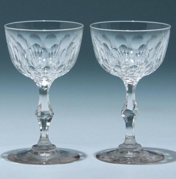 2 Bleikristall Weingläser mit Ausschliff um 1900