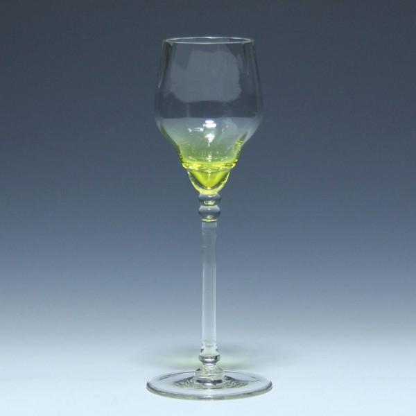 Optisch mundgeblasenes Jugendstil Weinglas circa 1905