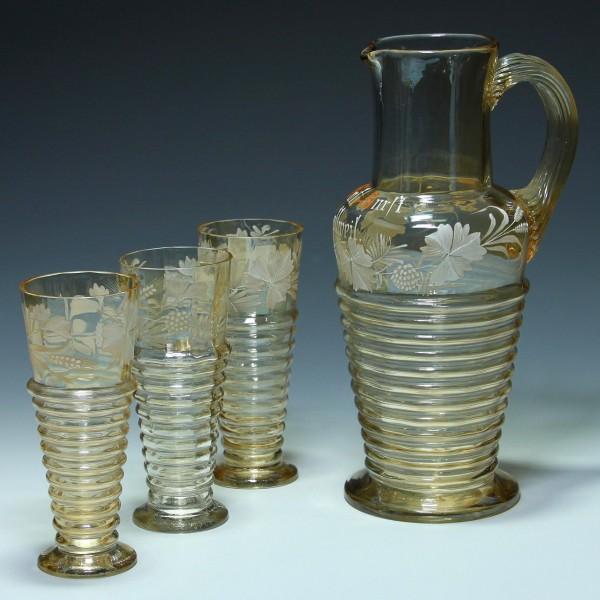 Jugendstil Bierkanne / Karaffe und drei Biergläser mit Schneemalerei um 1900-Copy