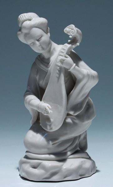 Dehua Blanc de Chine Musician Figurine - 20th. C.