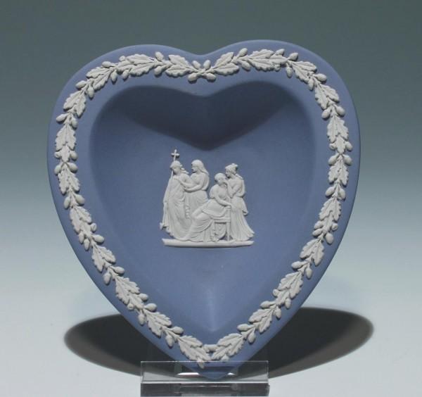 Wedgwood Blue Jasperware Herz Schale in Herzform Ø 11,8 cm