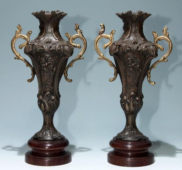 Paar Historismus - Jugendstil Beisteller Vasen Frankreich um 1890